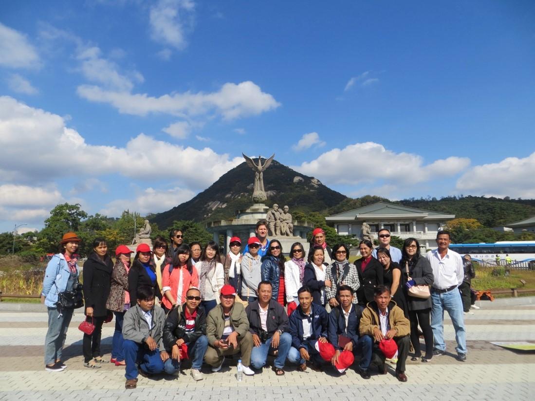Tour du lịch Hàn Quốc cùng khách hàng thân thiết